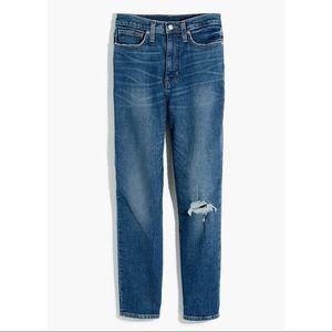 NEW Madewell The Momjean Tapered Leg Jeans